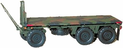 Trident Heavy Trailer M1076 3-Axle Wagon-Type Flatbed HO Scale Model Roadway Vehicle #81011