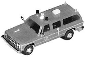 Trident Airport Fire Command Florian 1 Chevy Suburban HO Scale Model Roadway Vehicle #900581