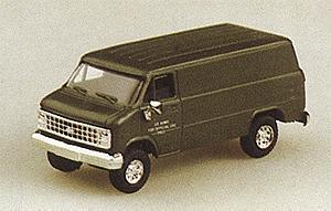Trident Miniatures Chevrolet Cargo Van Green -- HO Scale Model Railroad Vehicle -- #90083