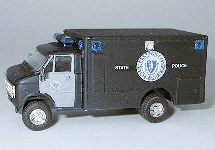 KV4555 Trident 1//87 90233 Chevrolet Massachusetts State Police OVP