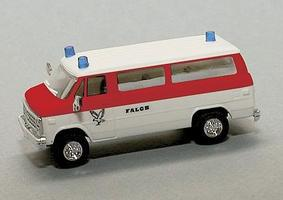 Chevrolet Van Ambalance Falck HO Scale Model Roadway Vehicle #90352