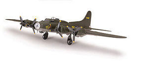 Testors B-17 Flying Fortress Snap Tite Plastic Model Aircraft Kit 1/100 Scale #890003