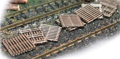 N-Scale-Arch Wooden Pallets 2 Layers pkg(15) N Scale Model Railroad Building Accessory #20038