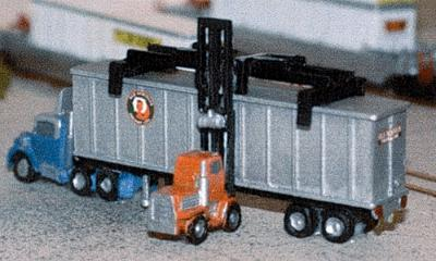 The N Scale Architect Truck Tractor and 40' Chassis -- Z Scale Model Railroad Vehicle -- #30015