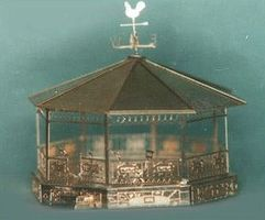 N-Scale-Arch Gazebo w/Stnds/Chrs Kit - N-Scale