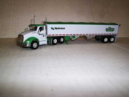 Trucks-N-Stuff Kenworth T680 Day-Cab Tractor with Grain Trailer Assembled Cargill-Country Feeds (white, green)