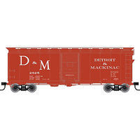Trainman 40 Single-Door Boxcar - Detroit & Mackinac #2928 HO Scale Model Train Freight Car #21000053