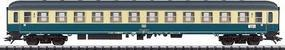 Trix IC Exp Pass Car 2nd Cl DB - HO-Scale
