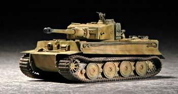 Trumpeter German Tiger I Tank Late Production -- Plastic Model Military Vehicle Kit -- 1/72 Scale -- #07244