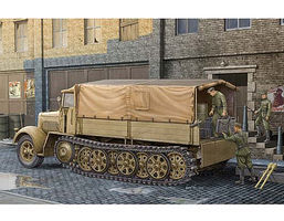 Trumpeter German SdKfz 7 8-Ton Halftrack Late Version (D) Plastic Model Military Kit 1/35 Scale #1507