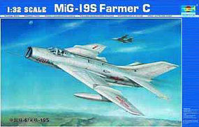 Trumpeter MIG-19S FARMER C Aircraft Plastic Model Airplane Kit 1/32 Scale #2207