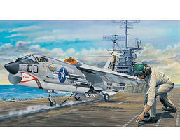 Trumpeter F8E Crusader Fighter Aircraft Plastic Model Airplane Kit 1/32 Scale #2272