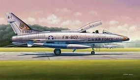 Trumpeter F-100F Super Sabre Fighter Aircraft Plastic Model Airplane Kit 1/48 Scale #2840