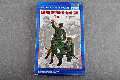 Trumpeter Panzer Division Poland 1939 Plastic Model Military Figure Kit 1/35 Scale #402