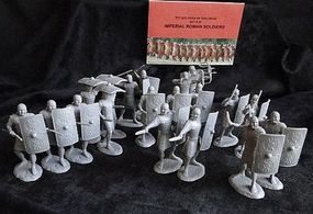 ToySoldiers Imperial Roman Soldiers Figure Playset (20) Plastic Model Military Figure 1/32 Scale #20