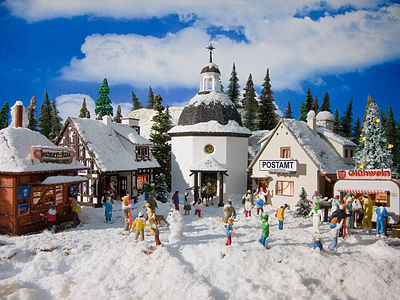 Vollmer Gmbh Christmas Village -- Kit - 5 Buildings - HO-Scale