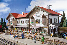 Vollmer Burghausen Station Kit HO Scale Model Railroad Building #43522
