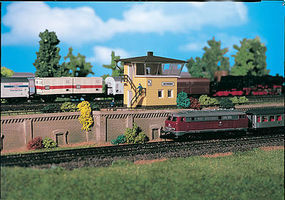 Vollmer Signal Tower Kit N Scale Model Railroad Building #47600