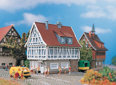 Vollmer Gmbh Mayor's House -- Z Scale Model Railroad Building -- #49542