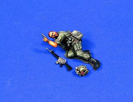 Verlinden 54mm US Squad Leader Vietnam Resin Model Military Figure Kit 1/32 Scale #0399