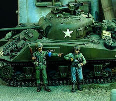 Verlinden US MP & Tanker WWII Resin Model Military Figure Kit 1/35 Scale #1118