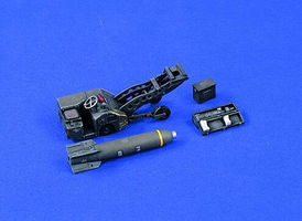 Verlinden USAF Bomb Loader Plastic Model Weapon Kit 1/48 Scale #1427