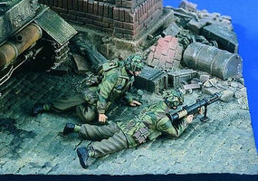 Verlinden British Paras Piat Team, Lying on Ground Resin Model Military Figure Kit 1/35 Scale #1814