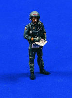 Verlinden Modern US Fighter Pilot for F15/F16/A10 Resin Model Military Figure Kit 1/32 Scale #2173