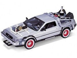 Welly-Diecast DeLorean Time Machine Back To The Future III (Met. Silver) Diecast Model 1/24 scale #22444