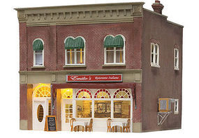 Woodland Emilios Italian Restaurant Built & Ready Structure N Scale Model Railroad Building #4945
