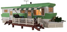 Woodland Grillin & Chillin Trailer - Built & Ready Landmark Structures(R) Assembled w/Lights - N-Scale