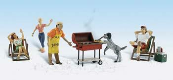 Woodland Backyard BBQ N Scale Model Railroad Figure