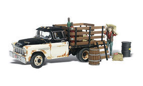 Woodland Henrys Haulin AutoScenes N Scale Model Railroad Figure #as5335