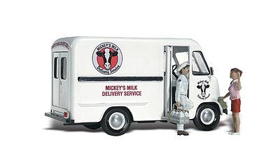 Woodland Scenics AS5549 HO Born To Ride Vehicle Figure Built /& Ready //
