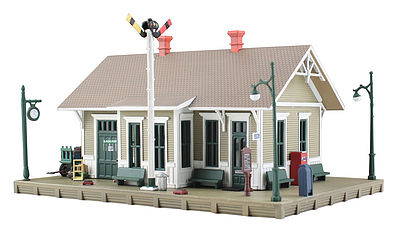 Woodland Built & Ready Danbury Depot HO Scale Model Railroad Building #br5023