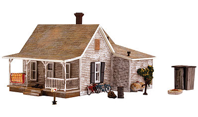 Woodland Scenics Old Homestead -- HO Scale Model Railroad Building -- #br5040
