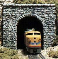 Random Stone Single Portal HO Scale Model Railroad Tunnel #c1255