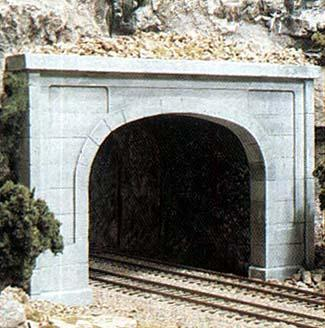Woodland Concrete Double Portal HO Scale Model Railroad Tunnel #c1256