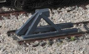 Walthers Track Bumpers - Built-ups - Dark Gray pkg(5) N Scale Model Railroad Trackside Accessory #2605