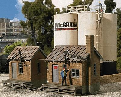 Walthers McGraw Oil Company - Kit - 6-1/2 x 8-7/8 x 5 HO Scale Model Railroad Building #2913