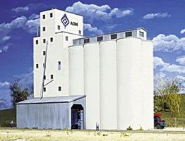 Walthers ADM(R) Concrete Grain Elevator - Kit HO Scale Model Railroad Building #3022