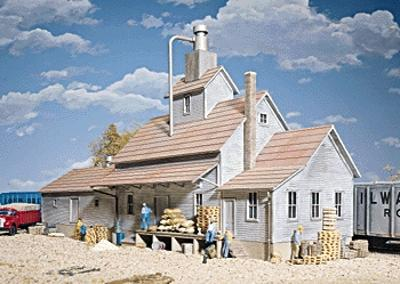 Walthers Sunrise Feed Mill - Kit - 4 x 15-1/8 x 7-3/4 HO Scale Model Railroad Building #3061