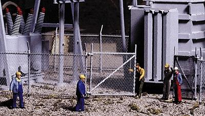 Walthers Chain Link Fence - Kit - Approximately 80'' -- HO Scale Model Railroad Building Accessory -- #3125