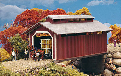 Walthers Willow Glen Covered Bridge - Kit HO Scale Model Railroad Building #3652