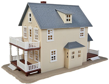 Walthers Trainline Two-Story House Kit -- Model Railroad Building -- HO Scale -- #901