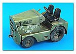 USAF/US Army United Tractor GC340/SM340 Tow Tractor -- Plastic Model Tractor Kit -- 1/32 -- #320032