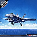 F/A18E VFA143 Pukin Dogs USN Fighter -- Plastic Model Airplane Kit -- 1/72 Scale -- #12547