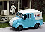1950 Delivery Truck Galliker's Dairy Products w/Milkman -- HO Scale Model Railroad Vehicle -- #87001
