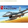 F-16A FALCON FIGHTER -- Plastic Model Airplane -- 1/48 Scale -- #820