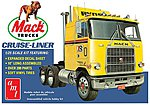 Mack Cruise-Liner Semi Tractor -- Plastic Model Car Truck Vehicle -- 1/25 Scale -- #1062-06